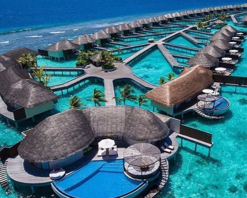 dcef41e236b42c33792a638d9f73df7b--maldives-honeymoon-maldives-resort